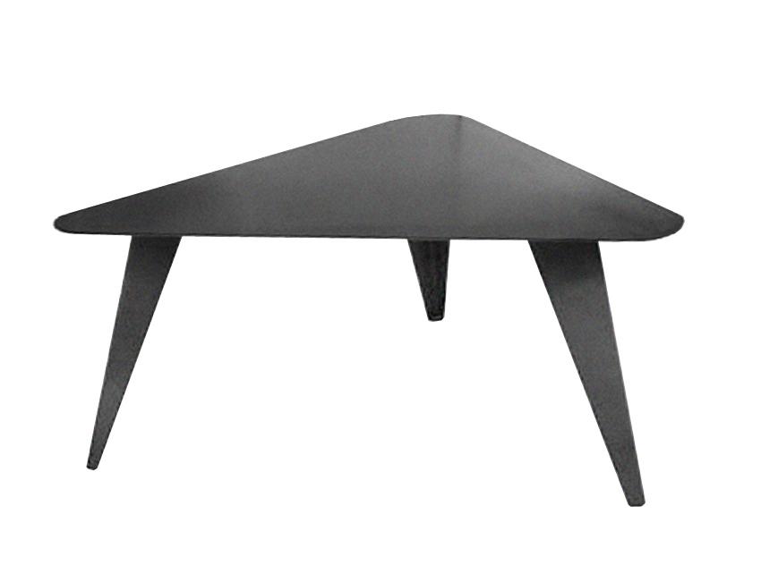 TABLE BASSE TRIANGULAIRE MÉTAL (ACIER BRUT) SUR MESURE.