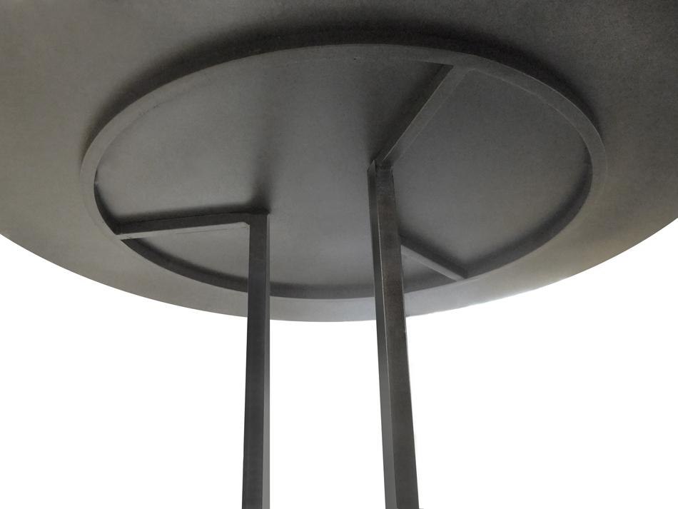 TABLE HAUTE RONDE DESIGN MÉTAL (ACIER BRUT) DE STYLE LOFT INDUSTRIEL SUR MESURE.