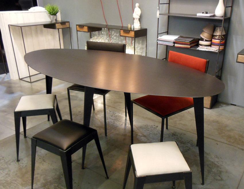 TABLE HAUTE OVALE EN MÉTAL (ACIER BRUT) SUR MESURE STYLE INDUS